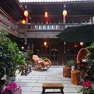Lijiang Retreat Boutique Hotel photos Exterior