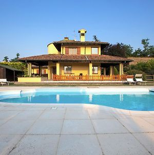 Detached Villa With Pool Within A Farm Ground, In Quiet Hillside photos Exterior