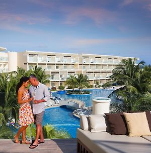 Azul Beach Resort Riviera Cancun By Karisma photos Exterior