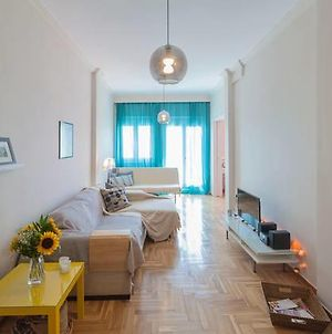 Bright Thessaloniki Apartment photos Exterior