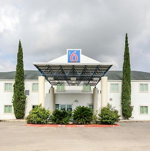Motel 6 New Braunfels photos Exterior