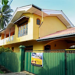 Jaya Home Stay photos Exterior