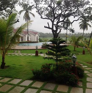 Studio And One Bedroom Apartment In Riviera Sapphire, Siolim photos Exterior