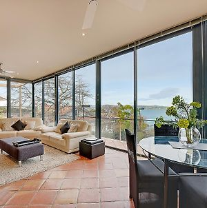 Kylakin - Derwent River, Waterfront Views, Tennis Court, Foxtel photos Exterior