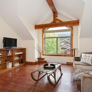 Beautiful Pemberton Valley 1 Bedroom Suite Wifi Free Parking Cable Tv Gorgeous Views Of Mount Currie photos Exterior