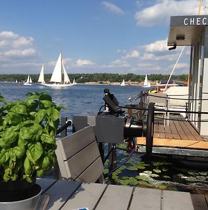 Cosy Houseboat Wannsee photos Exterior