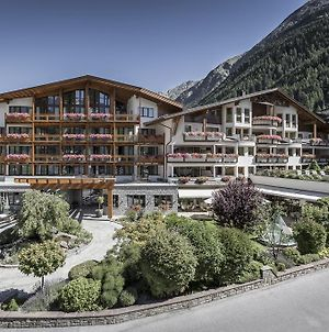 Das Central - Alpine . Luxury . Life photos Exterior