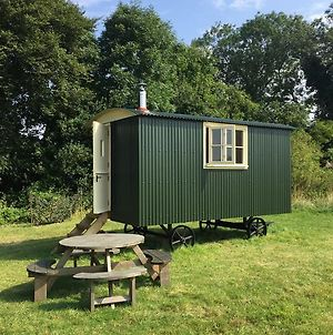 Bottom Pond Shepherd Hut photos Exterior