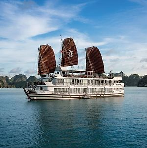 Pelican Halong Cruise photos Exterior