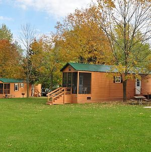 Plymouth Rock Camping Resort Deluxe Cabin 14 photos Exterior