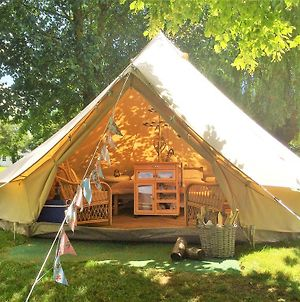 Oxford Riverside Glamping photos Exterior