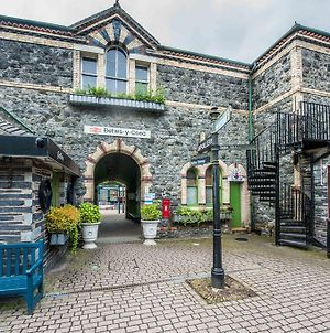 Alpine Apartments Snowdonia photos Exterior