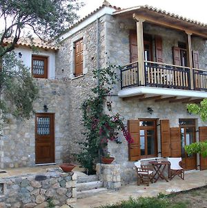 Homeberry Traditional Stone House In Tiros photos Exterior