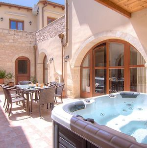 Askoutsi Manor, Spa Whirlpool & Privacy! photos Exterior
