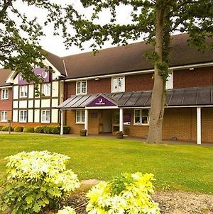 Premier Inn London Gatwick Airport East photos Exterior