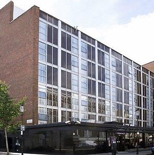 Premier Inn London Kensington photos Exterior