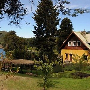 Los Juncos Patagonian Lake House photos Exterior