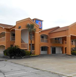 Motel 6 Galveston Seawall photos Exterior
