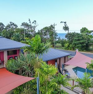Pandanus Holiday Apartments photos Exterior
