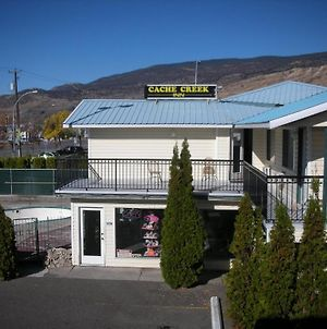 Cache Creek Inn photos Exterior