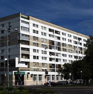 Paulmarie Apartments On Kosmonavtov photos Exterior