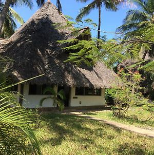 Shambani Cottages photos Exterior