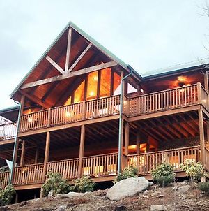 Majestic Point Lodge 5 Bedroom Mountain View Home With Hot Tub photos Exterior