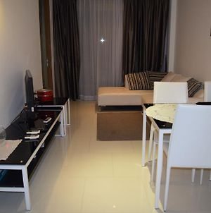 Sanctuary Wong Amat Apartment photos Exterior