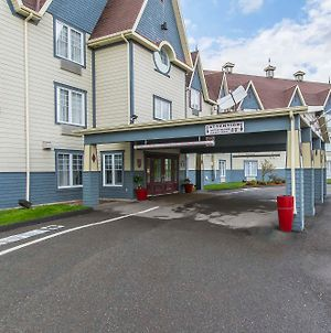 Quality Inn Riviere-Du-Loup photos Exterior