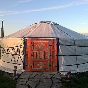 Iloons Yurt photos Exterior