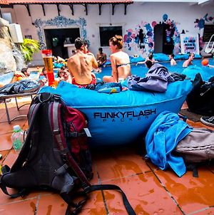 Funky Flashpacker Hostel - Adults Only photos Exterior