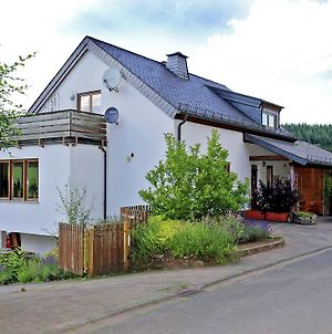Comfortable Holiday Home In Balesfeld With Garden photos Exterior