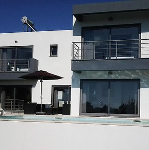 Modern Villa With Private Pool Just 400M From The Sea photos Exterior