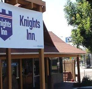 Knights Inn Fresno photos Exterior