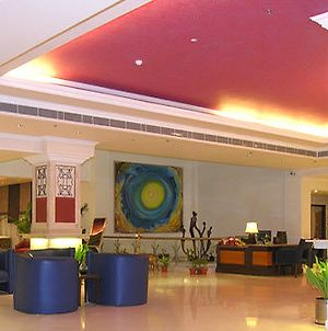 The Piccadily Hotel Lucknow photos Interior