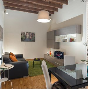 Charming Flat In The Heart Of Trastevere photos Exterior