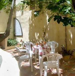 House With 3 Bedrooms In Moratalla With Wonderful City View And Enclosed Garden 110 Km From The Beach photos Room