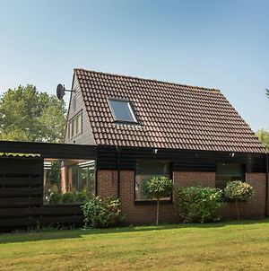 Beautiful Holiday Home In Noordwijkerhout Amid The Forest photos Exterior