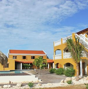 Spacious Apartment In Bonaire With Swimming Pool photos Exterior