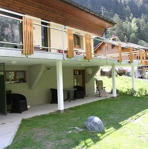 Spacious Apartment In St Niklaus Near Mattertal Ski Area photos Exterior