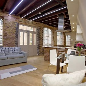Luxury Loft Oxford Street With Ac photos Exterior