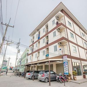 Poon Sook Apartment photos Exterior
