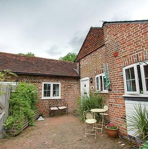 Charming Holiday Home In Goudhurst Kent With Parking photos Exterior