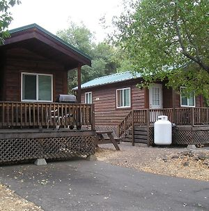 Russian River Camping Resort Studio Cabin 4 photos Exterior