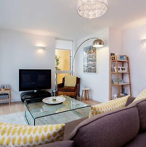 Veeve - Canal Side, Modern Crouch End Apt. photos Exterior