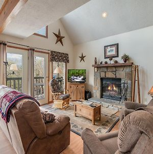 Mountain Charm 3 Bedroom Home With Fireplace photos Exterior