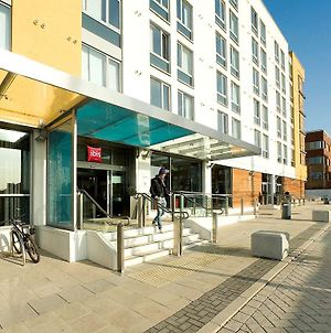 Ibis Bristol Temple Meads photos Exterior