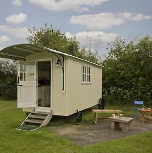 Mill Farm Shepherds Hut photos Exterior