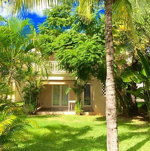 Le Frangipanier - Beachfront Villa In A Beautiful And Secured Complex photos Exterior