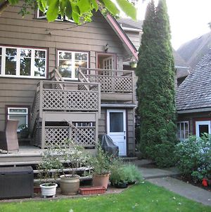 Point Grey Guest House photos Exterior